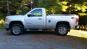 2011 GMC Z71 4X4 SHORT BOX