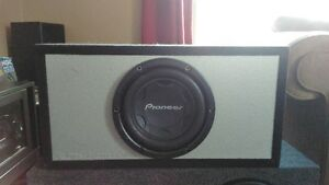 "10"" PIONEER SUB IN A BRAND NEW ROX BOX H.O. PORTED BOX 4 SALE"