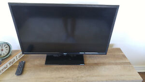 "RCA 32"" LED TV/DVD Combo"