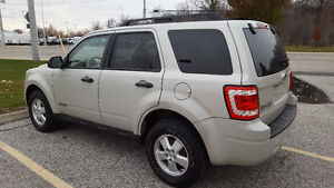 2008 Ford Escape XLT SUV, Crossover Windsor Region Ontario image 2