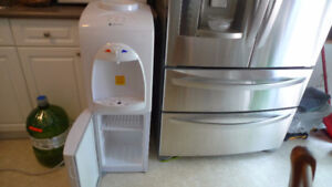 Greenway hot/ cold Water Dispenser + Fridge Section