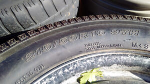 "FS: 16"" Toyo Observe Garit KX Winter Tire 205 55 16 5x112 Kitchener / Waterloo Kitchener Area image 2"
