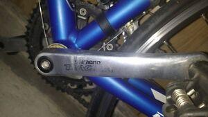 vélo spéclilized 54.8 moyen