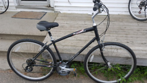 "26"" Practically Brand New Hybrid Bicycle"