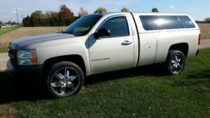 2009 Chevrolet Silverado - only 7300 km