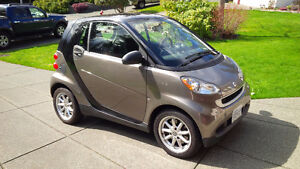 2009 Smart Fortwo Passion Coupe with snow tire package