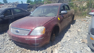 2006 FIVE HUNDRED.. JUST IN FOR PARTS AT PIC N SAVE! WELLAND
