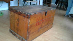 Rare 1932 King Cole antique wooden crate