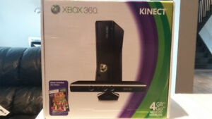 XBOX 360 500GB Kinect Bundle + 7 Games + 2 WIRELESS controllers