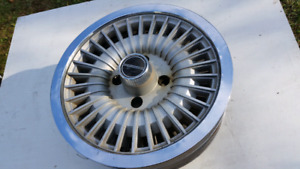 """Ford 14"""" Fox-body hubcaps."""