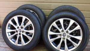 Toyo- Pneus 235/55/R18 sur Mags 18x7.5  Comme Neuf / Like New