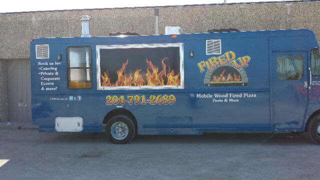 Pizza cook and service window person wanted (Food Truck)