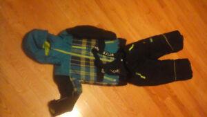 Combinaison d'hiver, taille 7/Size 7 winter suit