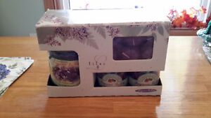 Sales Price for Christmas (Lilac Candles Gift Set) Kingston Kingston Area image 1