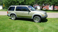 2001 Ford Explorer SUV, Crossover 4x4