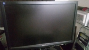 """Acer 19"""" LCD screen"""