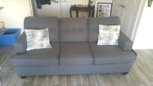Couch price firm ! Like new