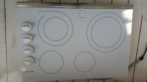 "30"" white Cooktop"