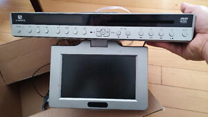 AUDIOVOX UNDER COUNTER/CABINET TV/DVD/FM/AM/CD PLAYER LCD REMOTE