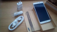 Samsung Note 3. White. Unlocked. Complete box.