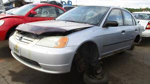 Honda Civic 2001 - Dispo pour pièces chez Kenny Laval !
