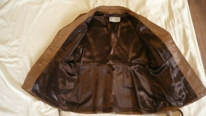 Ladies Leather Coat Peterborough Peterborough Area image 2