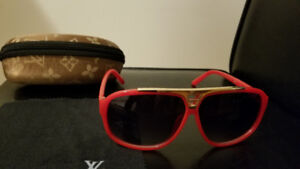 GREAT QUALITY SUNGLASSES BRAND NEW MUST SEE!