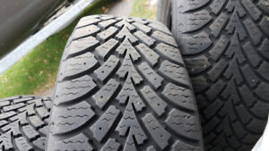 195-70-R14 (Hiver) Goodyear Nordic (195-65-R15)