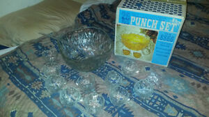 Retro 1960's Punch Bowl Set