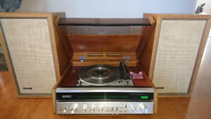 Vintage and Extremely Rare Sony HP610A Turntable / Receiver / Sp