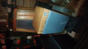 JBL L20T Bookshelf speakers