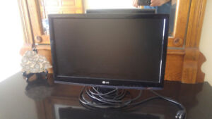 LG Monitor 22 inches