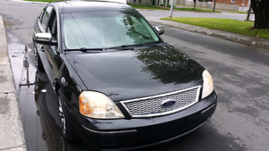 Ford Five Hundred cuir toit AWD excelleente condition