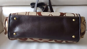 Coach purse in excellent used condition Kitchener / Waterloo Kitchener Area image 3