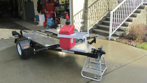 Folding motorcycle trailer