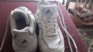 Adidas whit sneakers - almost new- (size 8.5)