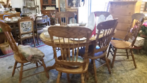 Oak table 6 chairs 495