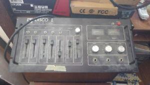 Équipement pour DJ Ampli Traktor vinyl Mixer
