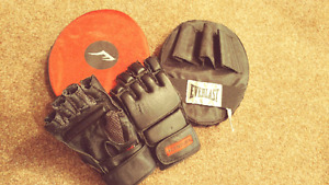 Sparing gloves and pads