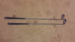 2 identical Callaway 4 irons