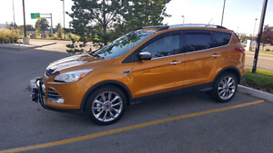 2016  Ford escape  Se AWD/panaromic roof, low 8600km , NO GST