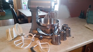 Kitchenaid professional 550 plus mixer