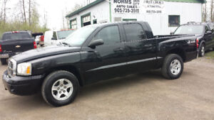 2005 Dodge Dakota ST Pickup Truck 4x4