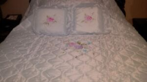 Made in Italy queen size bedspread