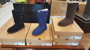 New in box ladies Ugg Everleigh boots. Size 5, 6, & 7