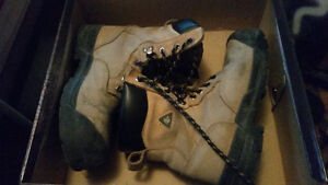 Workload size 7 steal toe boots