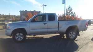 2006 Toyota Tacoma V6 4L $11,900 or will take best offer