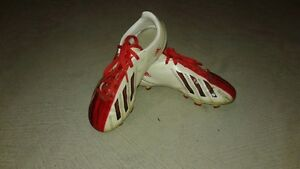 Boys Adidas soccer cleats Kitchener / Waterloo Kitchener Area image 2