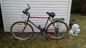 Vélo Hybride 28''