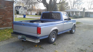 1996 Ford F-150 XL Pickup Truck Windsor Region Ontario image 1